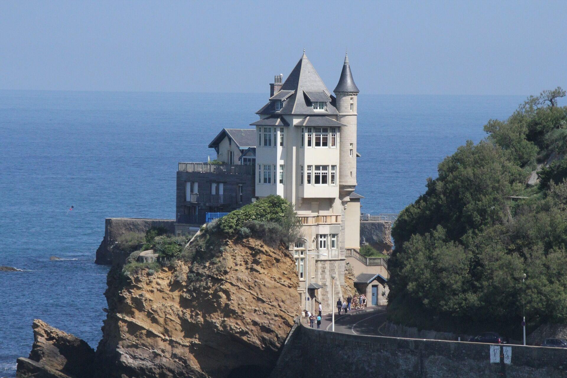 Rental Car in Biarritz 1