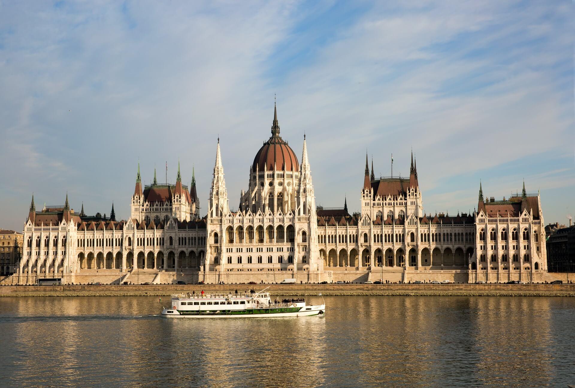 Rental Car in Budapest 1