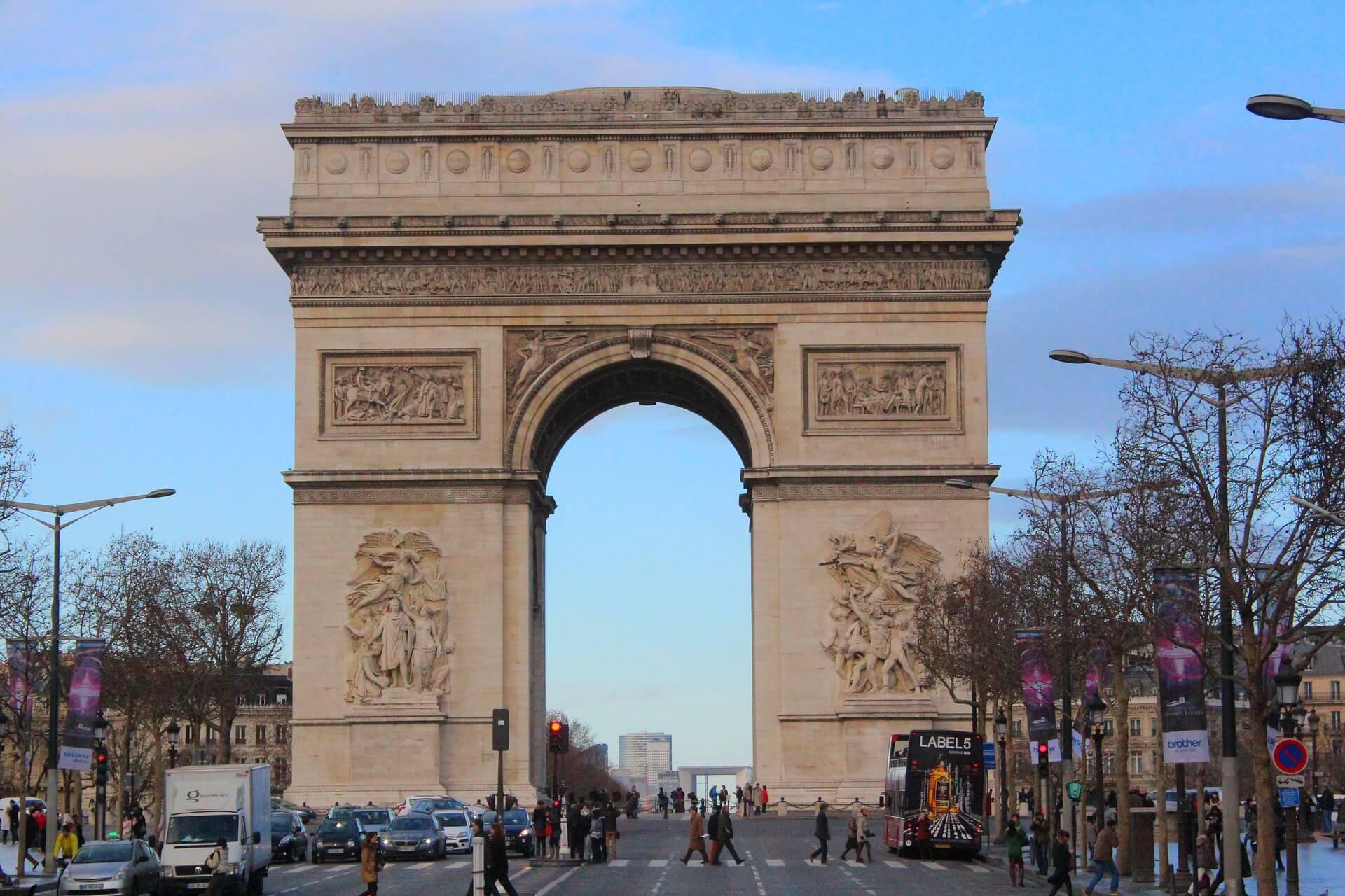 Rental Car in Charles De Gaulle 2