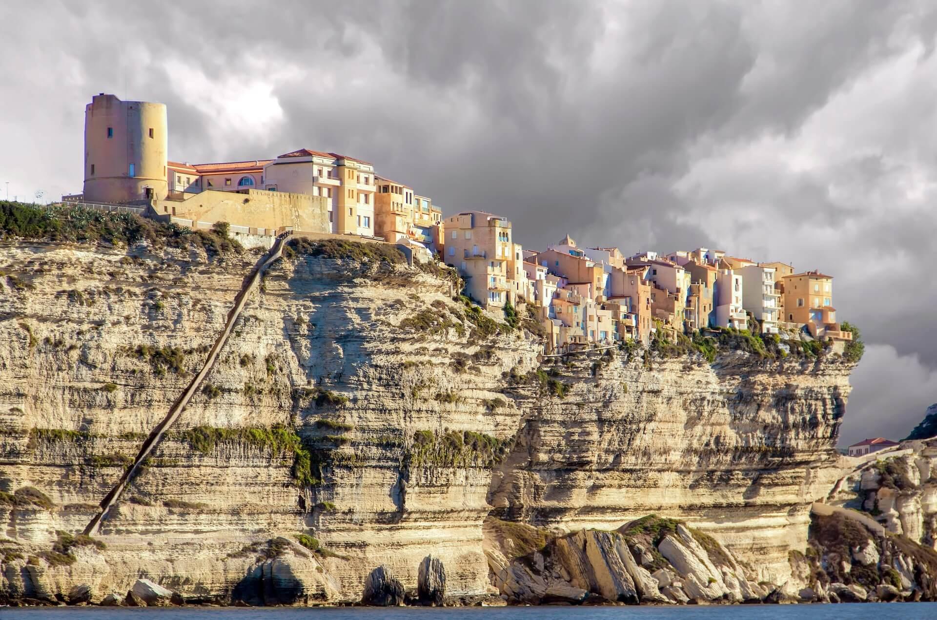 Rental Car in Corsica 3