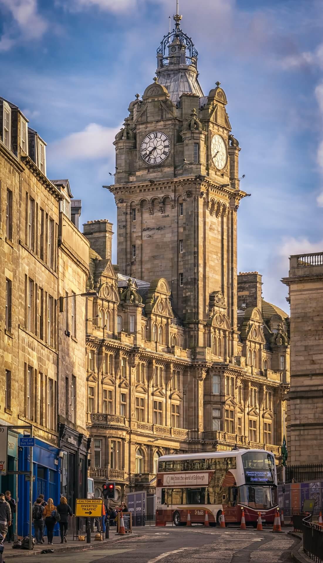 Rental Car in Edinburgh 4