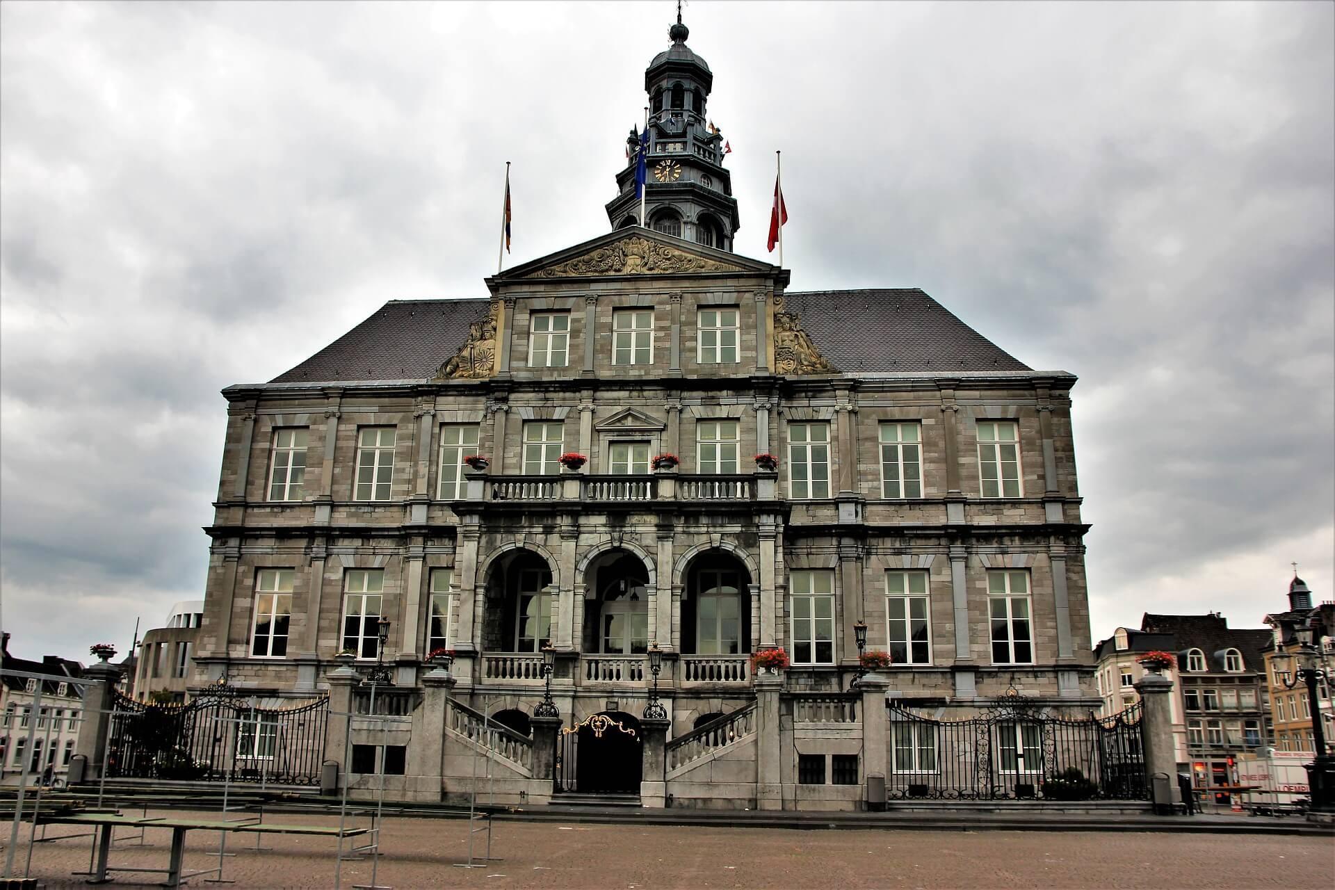 Rental Car in Maastricht 3