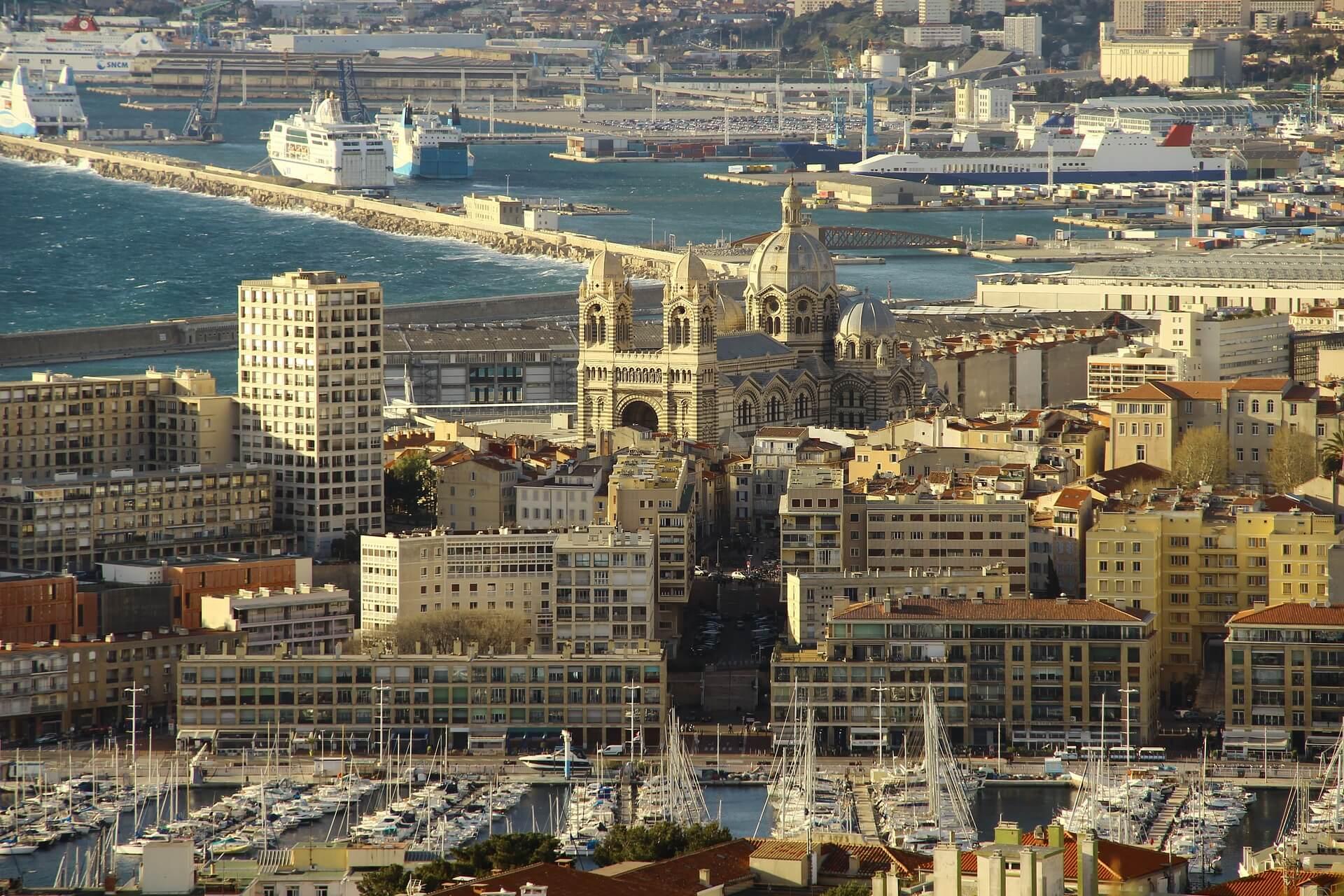 Rental Car in Marseille 5