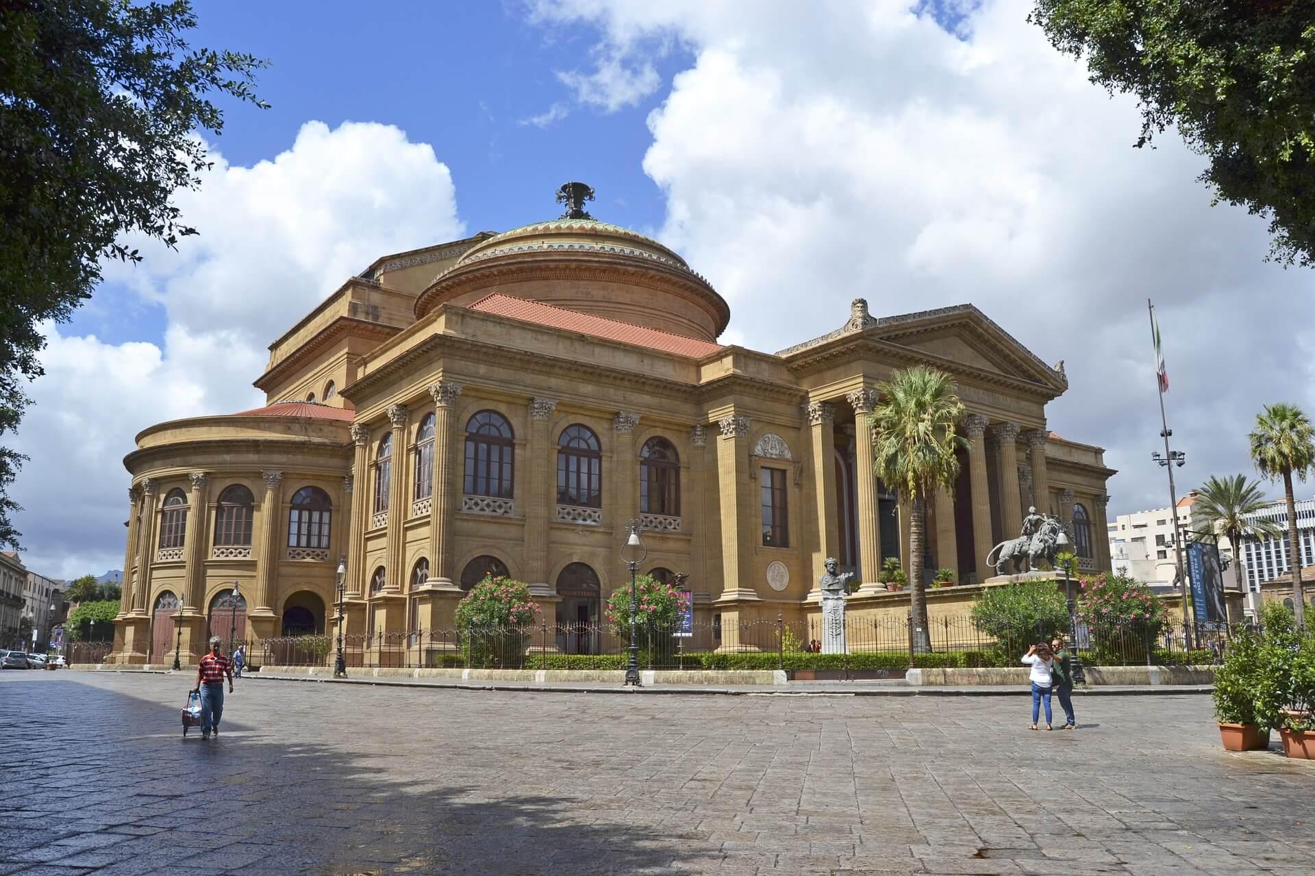 Rental Car in Palermo 2