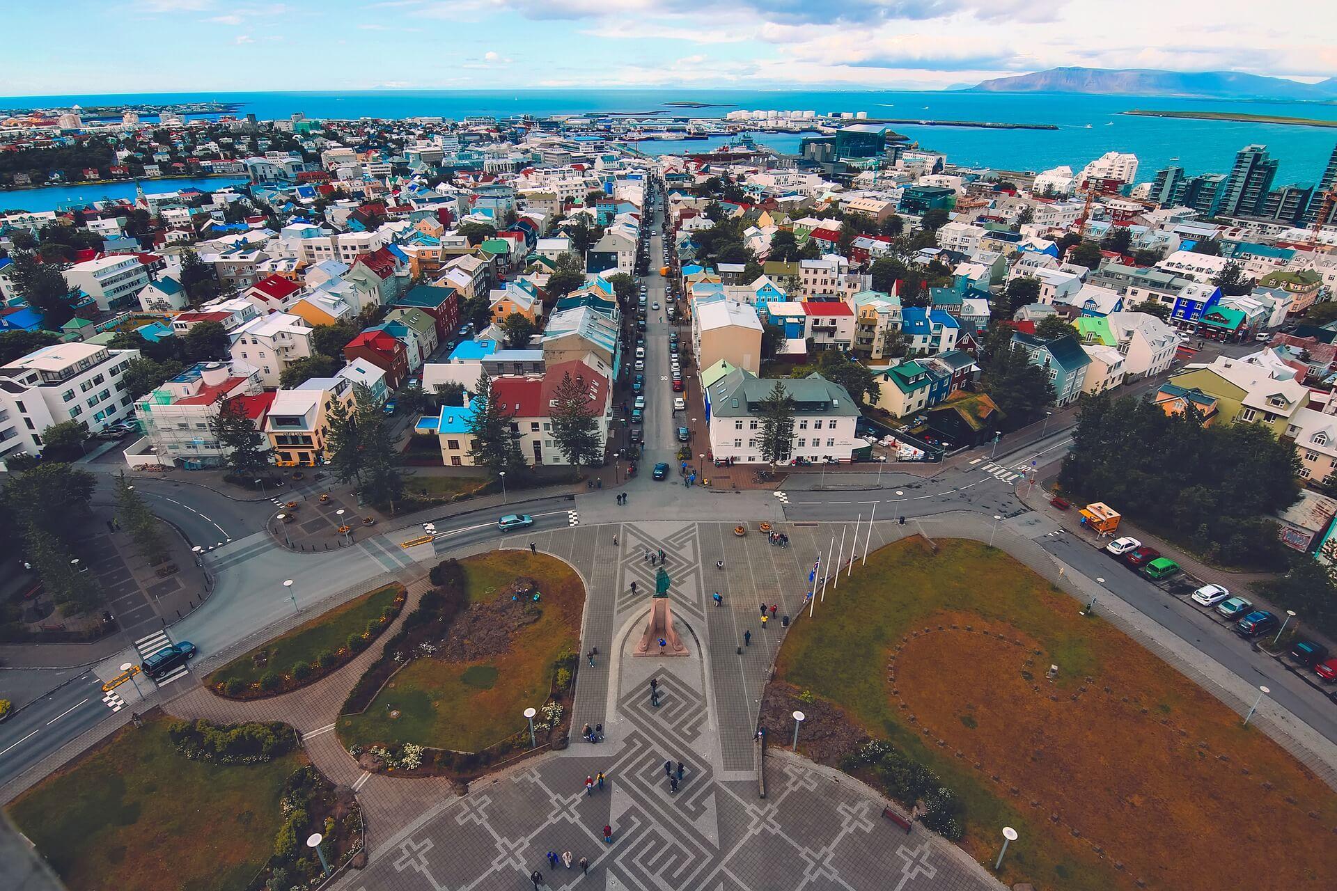 Rental Car in Reykjavik 3