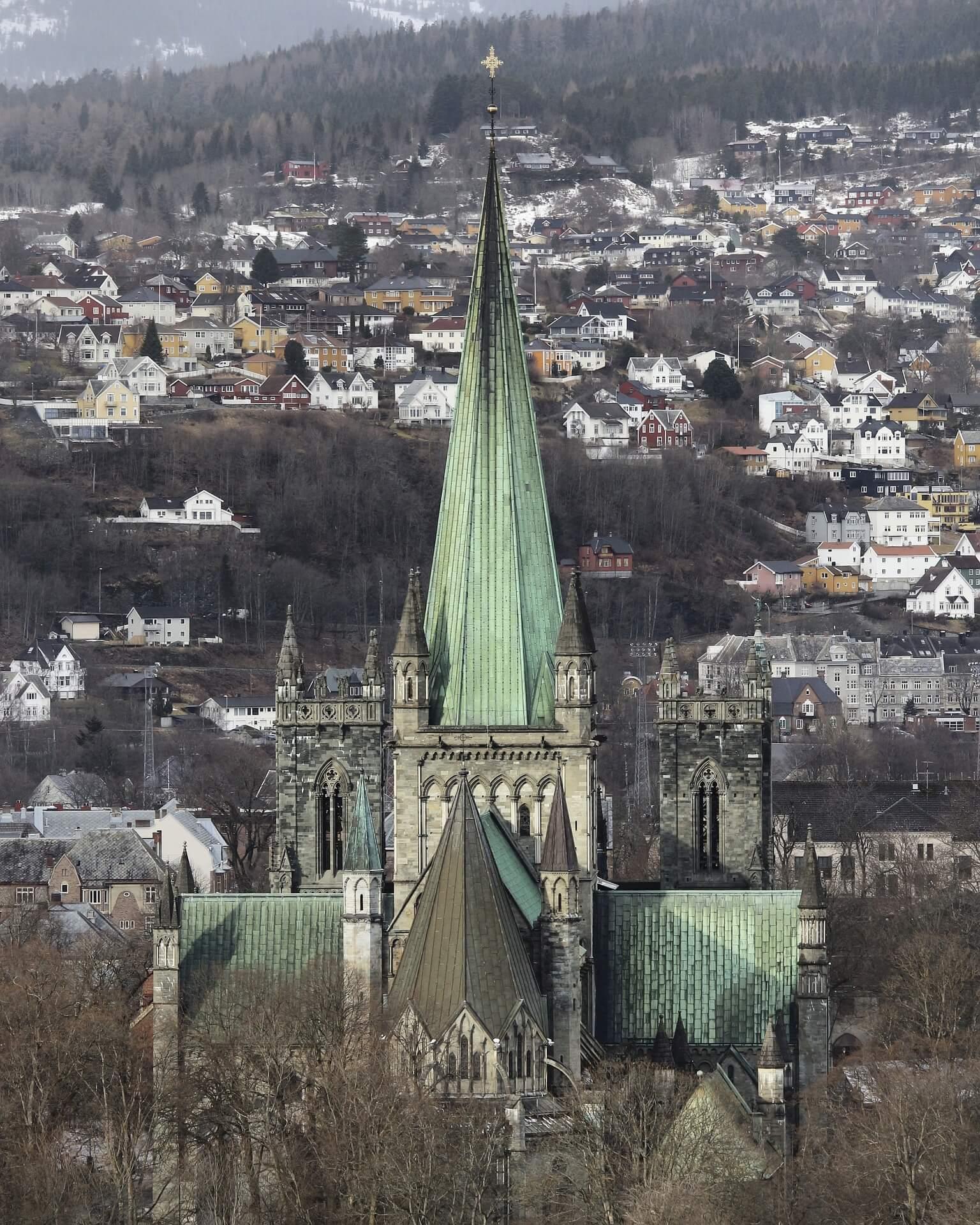 Rental Car in Trondheim 4